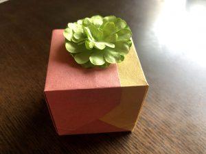 可愛い蓋付きBOXの折り方写真1