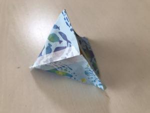 折り紙三角ラッピング写真7