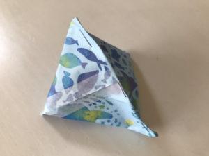 折り紙三角ラッピング