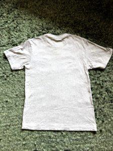 畳み方*Tシャツのコンパクトな畳み方写真1